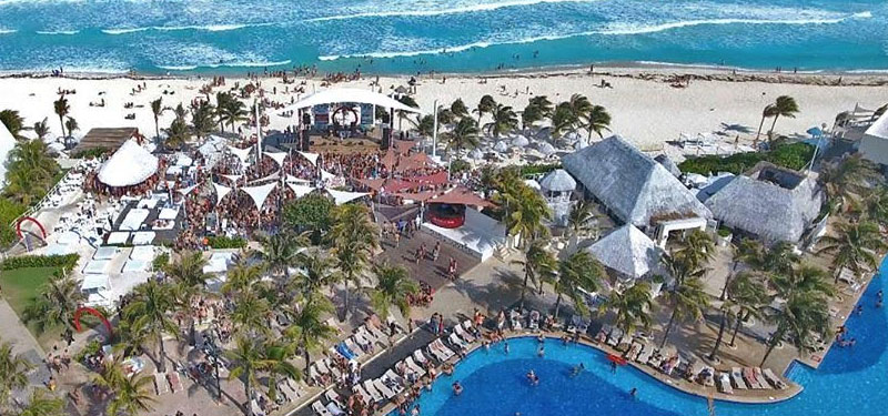 What does Oasis Cancun Lite Include